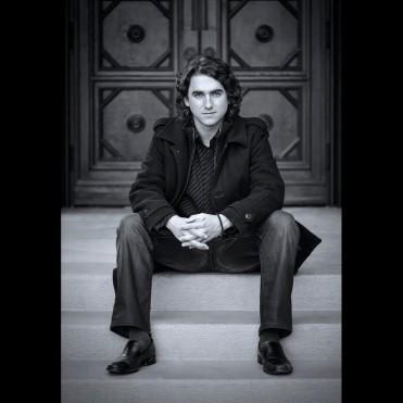 Elite Guitarist Taso Comanescu Lessons