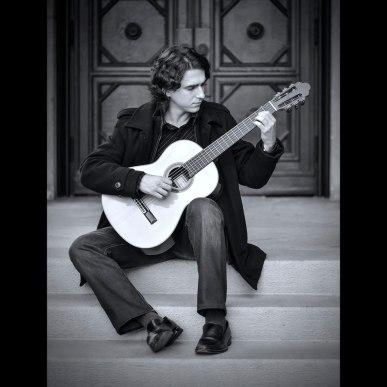 Elite Guitarist Taso Comanescu